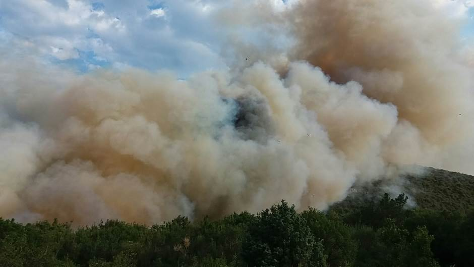 Sutomore: Vatra prišla kućama! (FOTO, VIDEO)