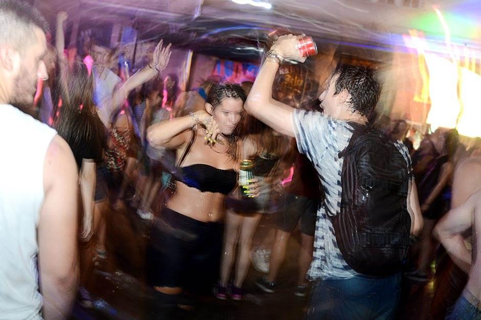 kst, mokra žurka, žurke, klubovi, noćni život, studenti, žurka, provod,