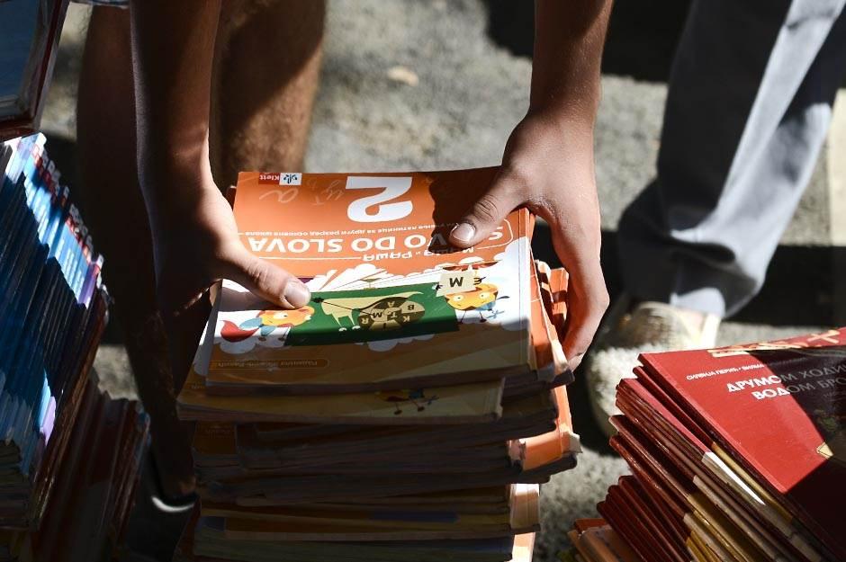 udžbenici, škola, školske knjige