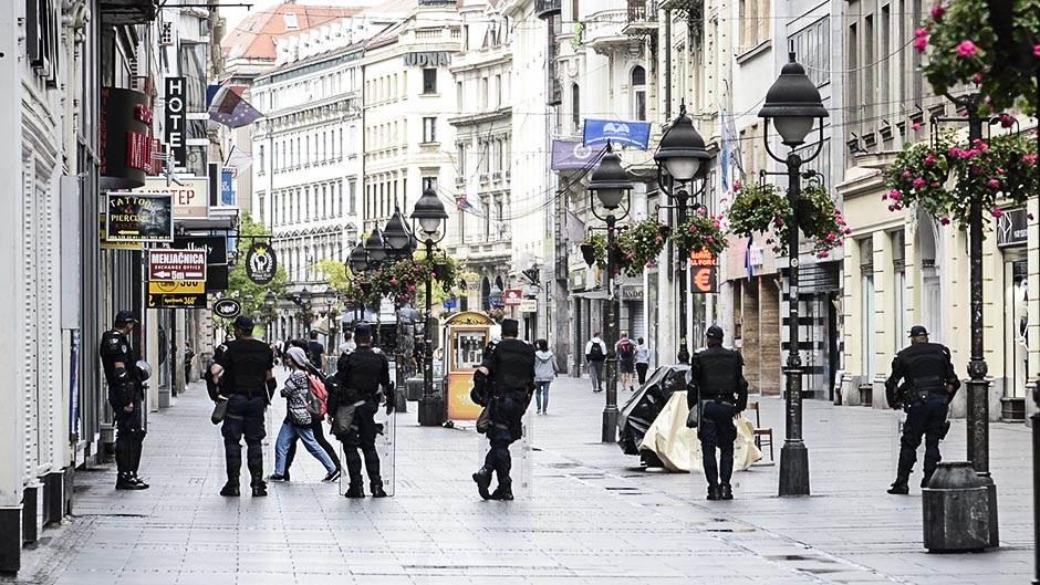 Beograd u plavom (FOTO)