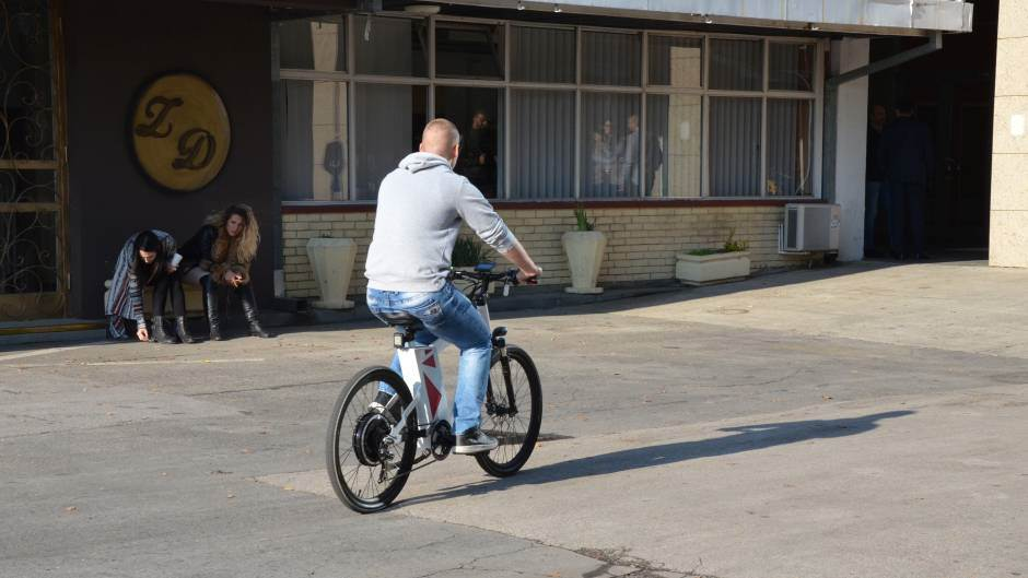 Vozili smo PRVI SRPSKI elektro bicikl (FOTO)