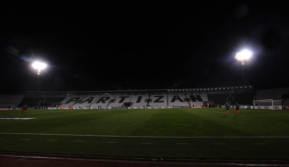 partizan humska stadion tribine fk