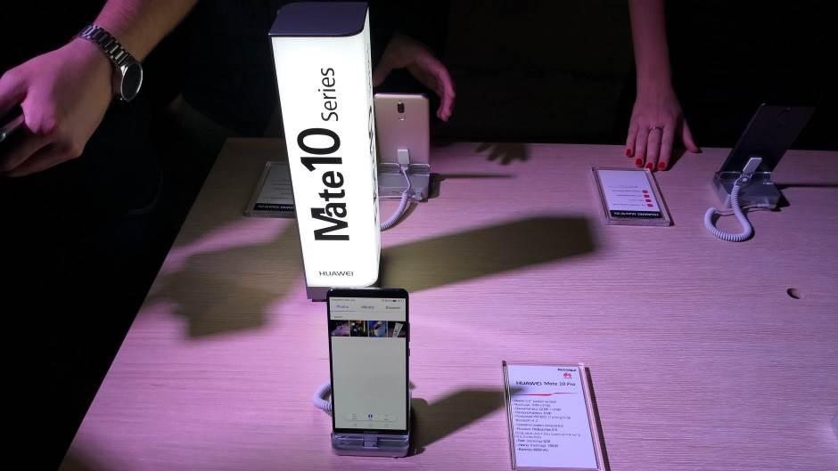 CIA, NSA, FBI protiv ZTE i Huawei telefona