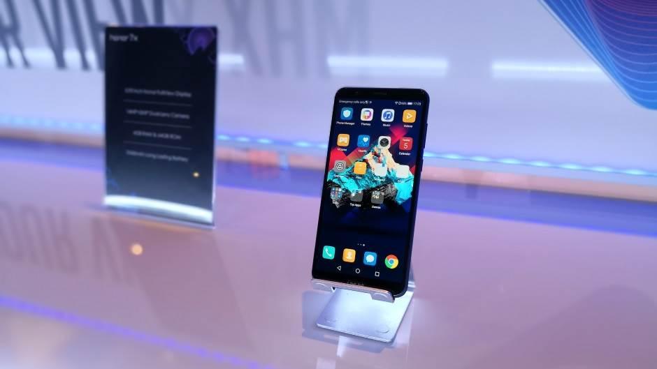 Ne poredite nas sa Huawei kompanijom (FOTO, VIDEO)