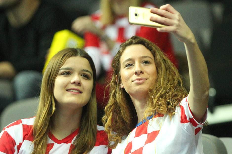 Zašto Srbija igra onaj rukomet: Igrači su problem?