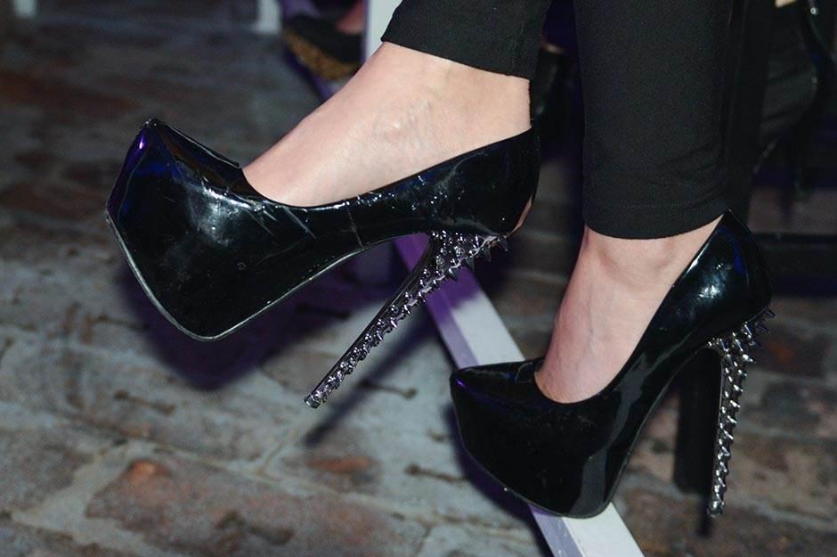 štikle, stikle, cipele, ženske cipele, cipelice, platforma, cipele sa platformom, obuvanje, obuća, ženska obuća