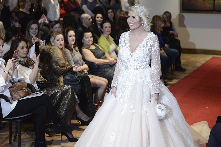 Dea Đurđević, venčanica, venčanice, ravija venčanica, sajam venčanja, sajam venčanica