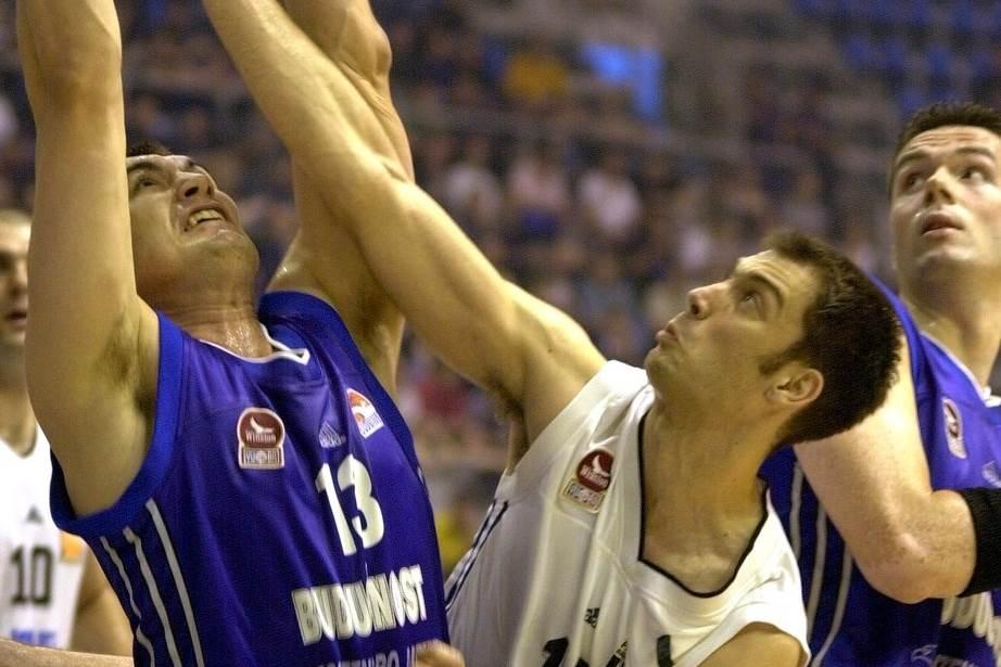 Dejan Milojević (Budućnost) i Nenad Čanak (Partizan) iz igračkih dana.