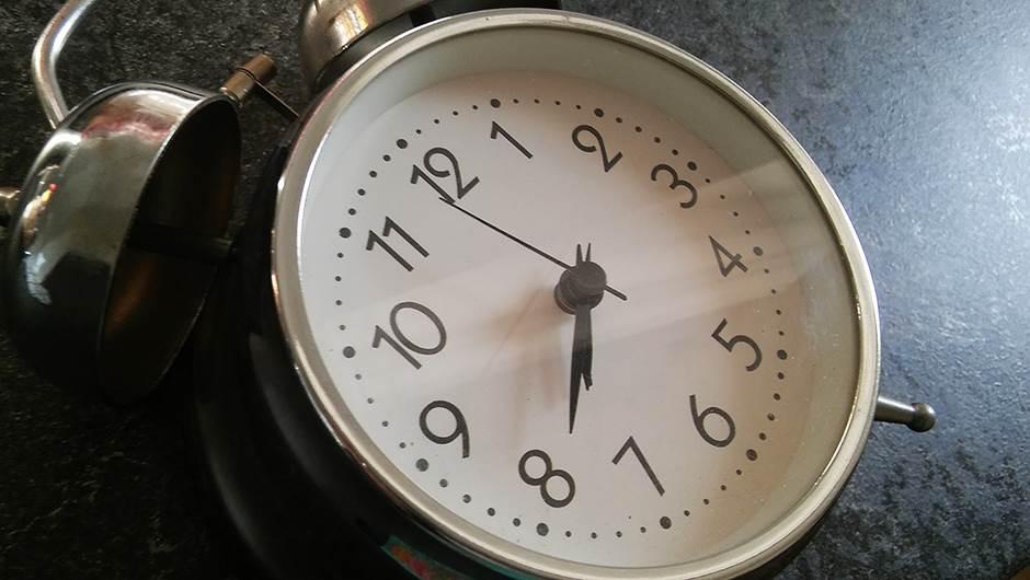 sat, vreme, kašnjenje