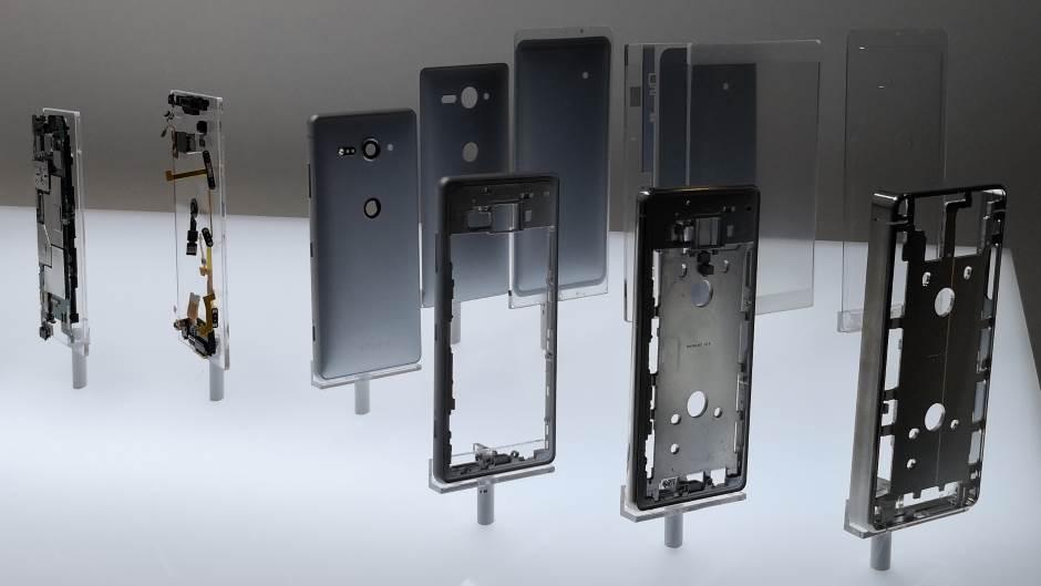 Prva mobilna kamera od 52 MPx + optika f/1.4 (FOTO)
