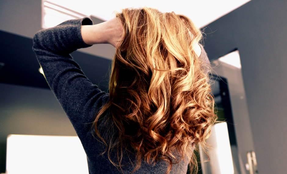 kosa, ženska kosa, frizura, frizef, feniranje, šišanje, crvena kosa, riđa