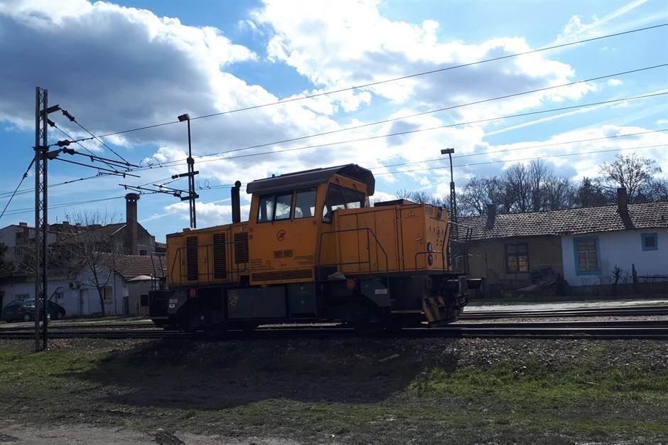lokomotiva, voz, pruga železnica železnice