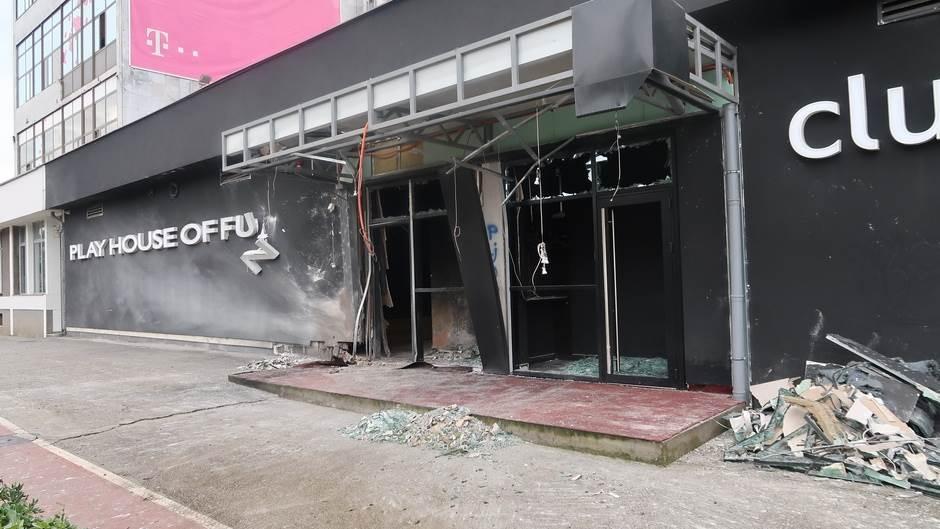 Bačena bomba na poznatu diskoteku u Podgorici!
