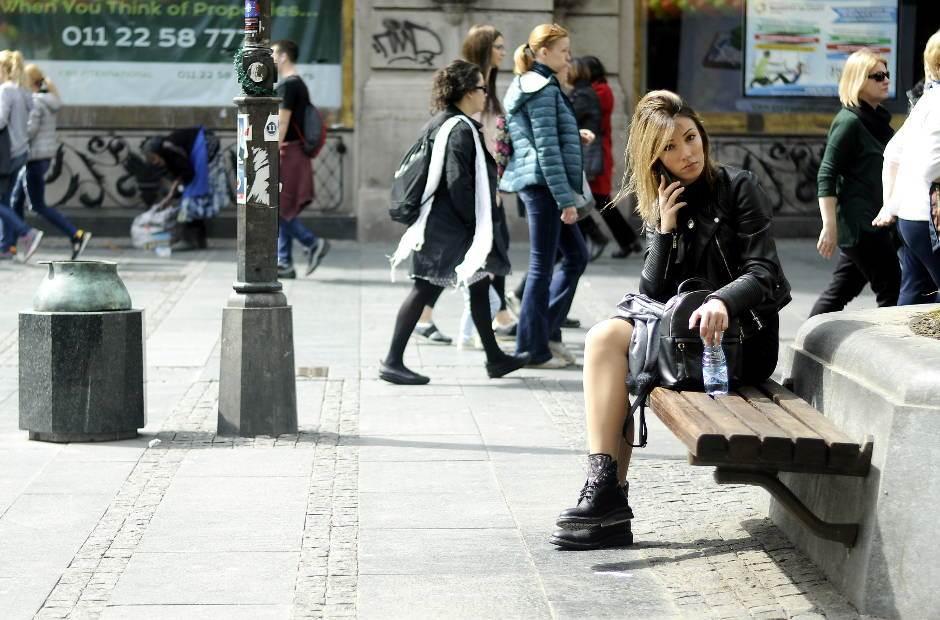 devojka, mobilni