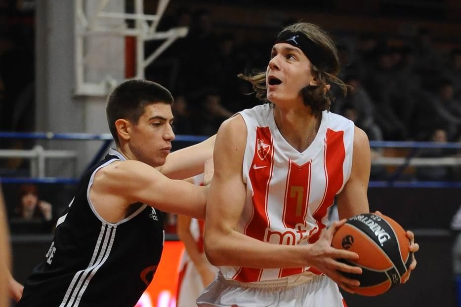 Nemanja Popović
