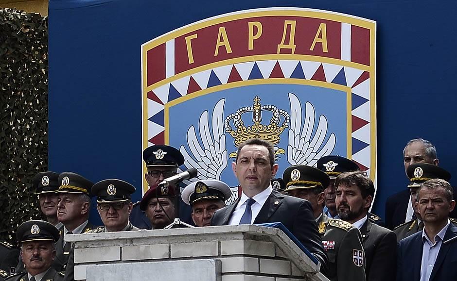 vulin, aleksandar vulin, garda, vojska srbije