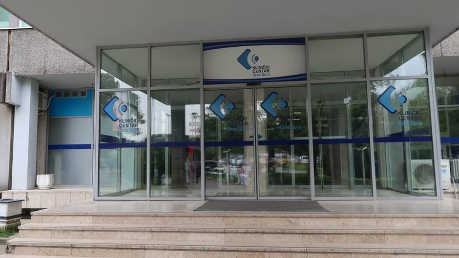 Smenjen direktor Klinike zbog zamene beba