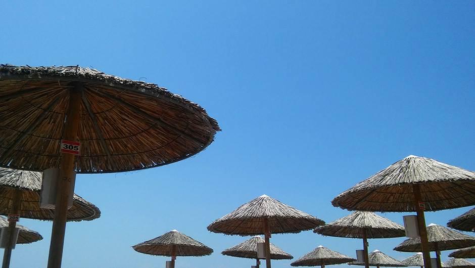more, letovanje, plaža, grčka, suncobran
