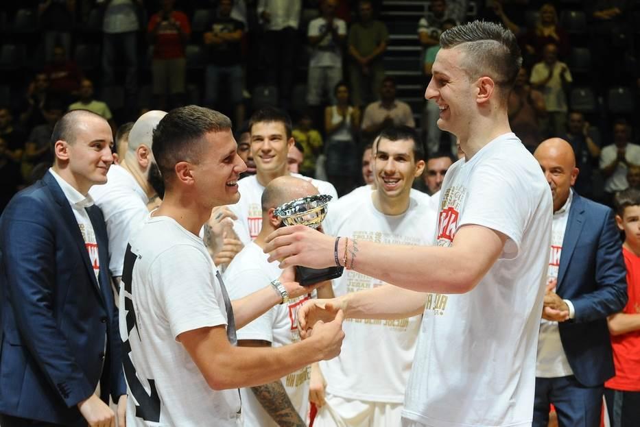 Ženi se Nemanja Nedović! (FOTO)