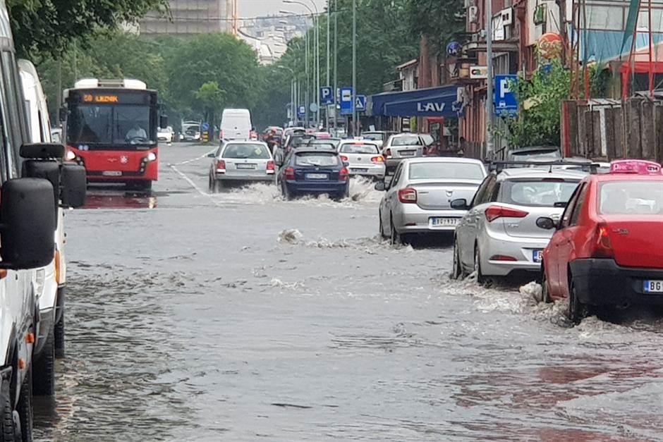 nevreme, kiša, beograd, saobraćaj, poplava