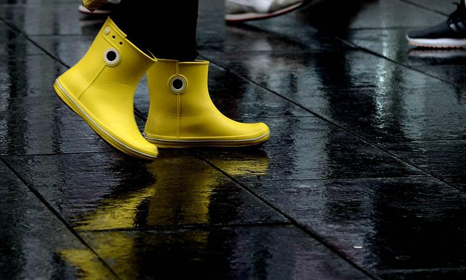 čizme, gumene čizme, čizme za kišu, kiša, leto, kišno leto,