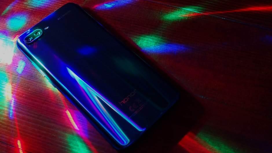 Dizajn je odlučujući faktor pri kupovini mobilnog?