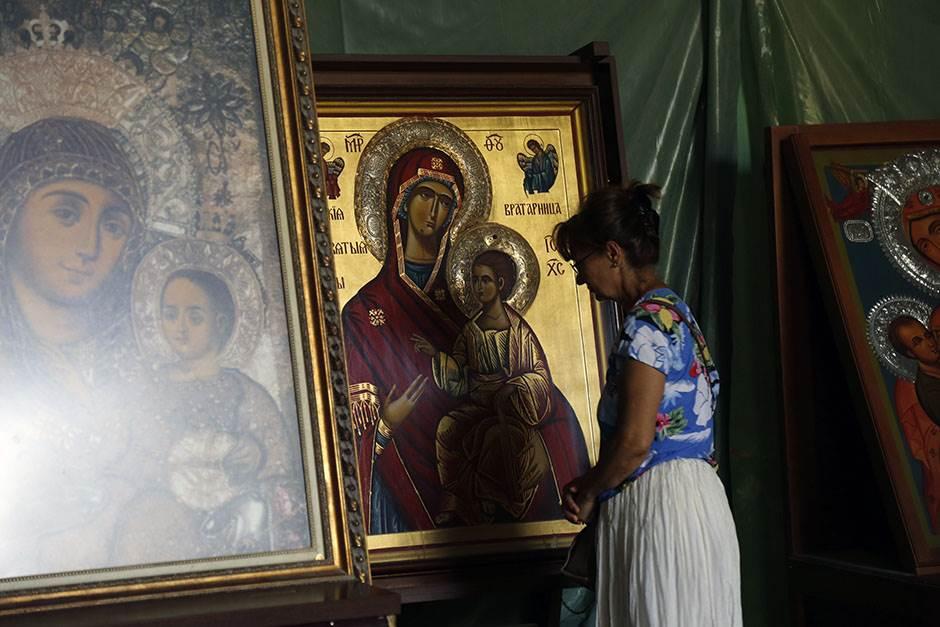 bogorodica vernici spc hram svetog save ikone ikona crkva