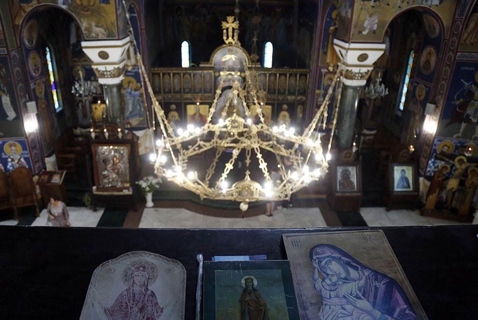 crkva spc bogorodica sveti sveci