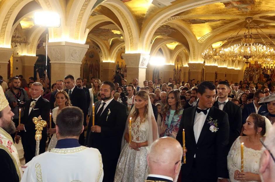 GALA venčanje: Karići kolektivno!