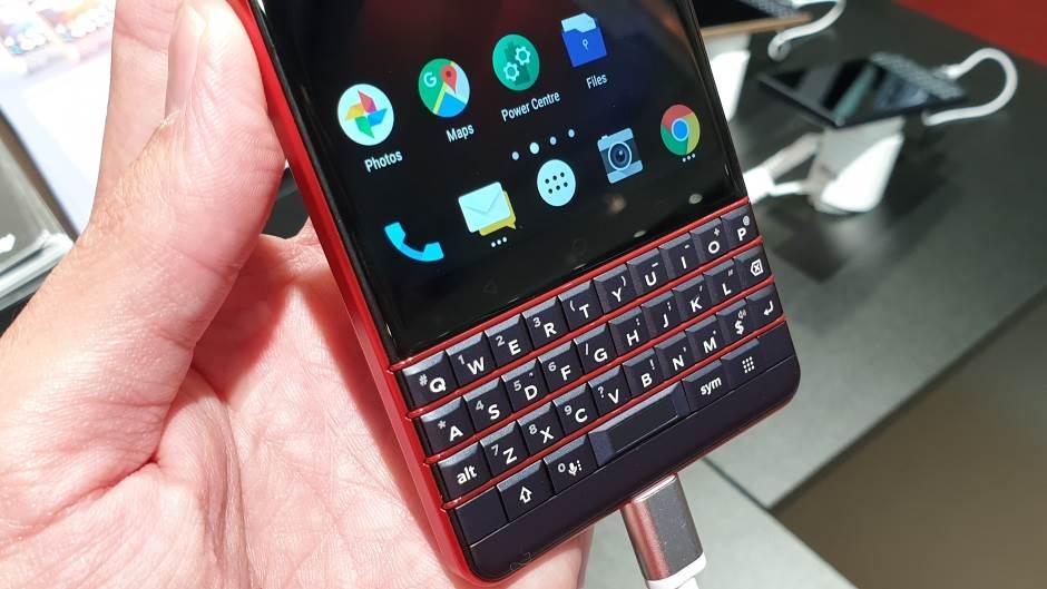 Povratak tastature na mobilni (FOTO, VIDEO)