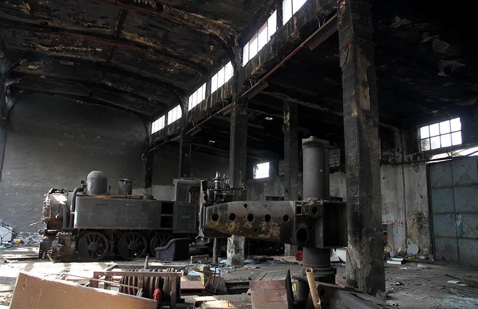 Ko je odgovoran za krađu lokomotive?