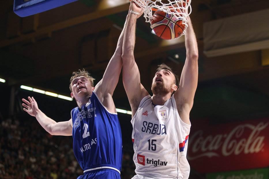 Nikola Milutinov reprezentacija