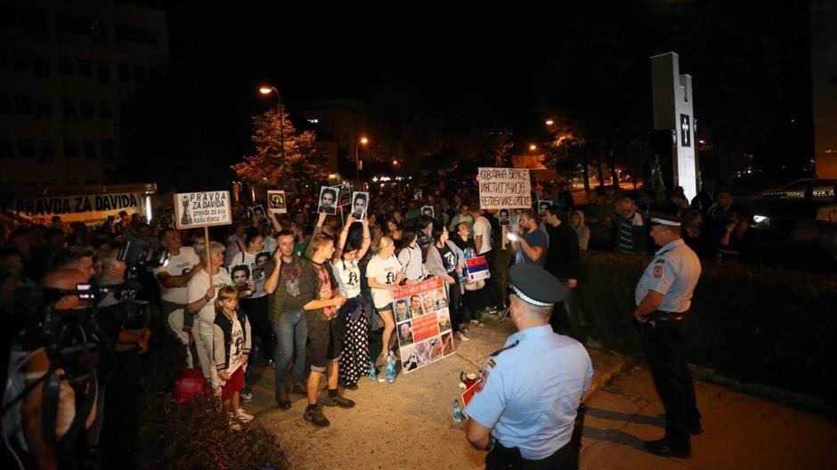 Slučaj Dragičević: Otac napadnut tokom protesta?