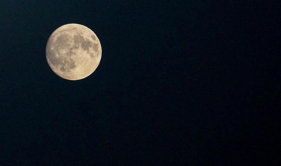 Kineska letelica na tamnoj strani Meseca Mesec-pun-mesec-stefan-stojanovic-01