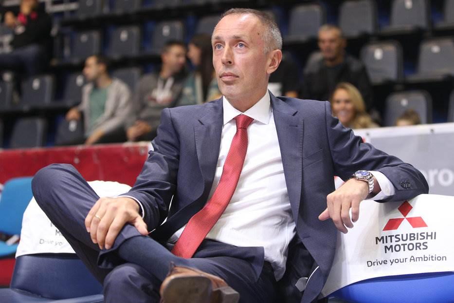 Đoković sa sinom bodrio Zvezdu