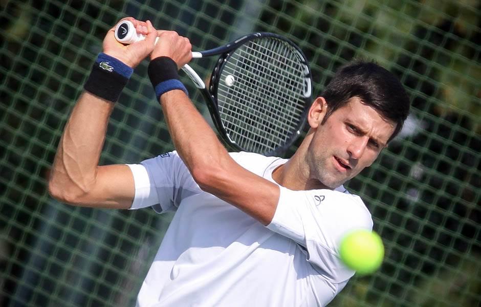 Novak promenio planove