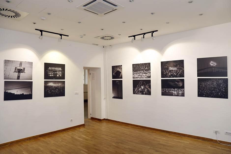 Večiti derbi: Partizan u crvenom, Zvezda u plavom! FOTO