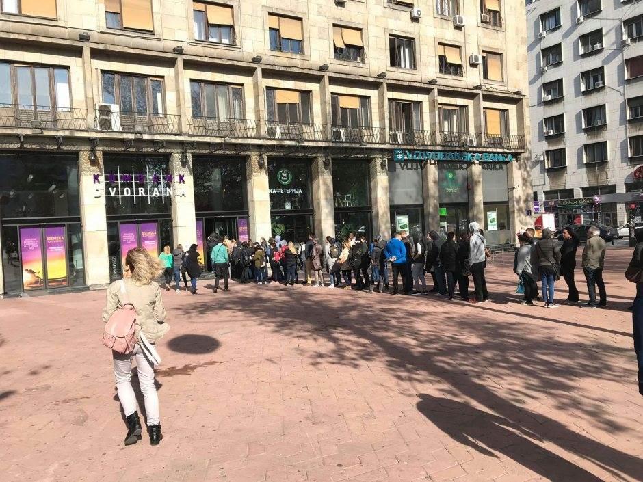 Gužva u centru Beograda zbog Balaševića (FOTO, VIDEO)