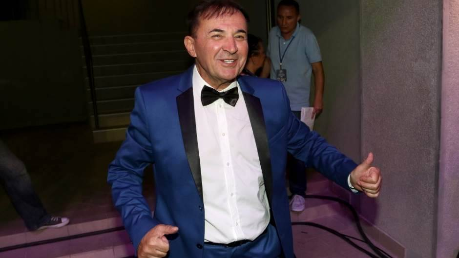 HRVATSKA: Masovna tuča na nastupu folk pevača!