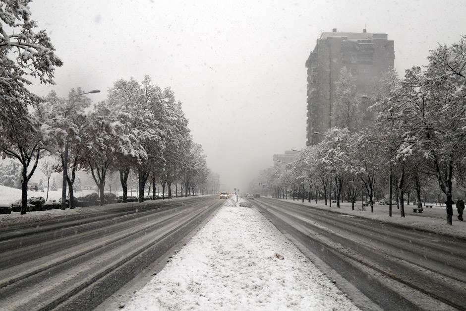 sneg, zima, ulica, saobraćaj,