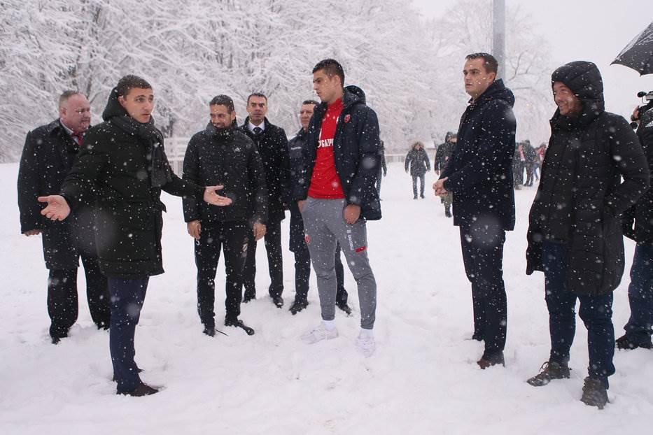 """Čukarički: """"70 ljudi čistilo sneg od jutra..."""""""