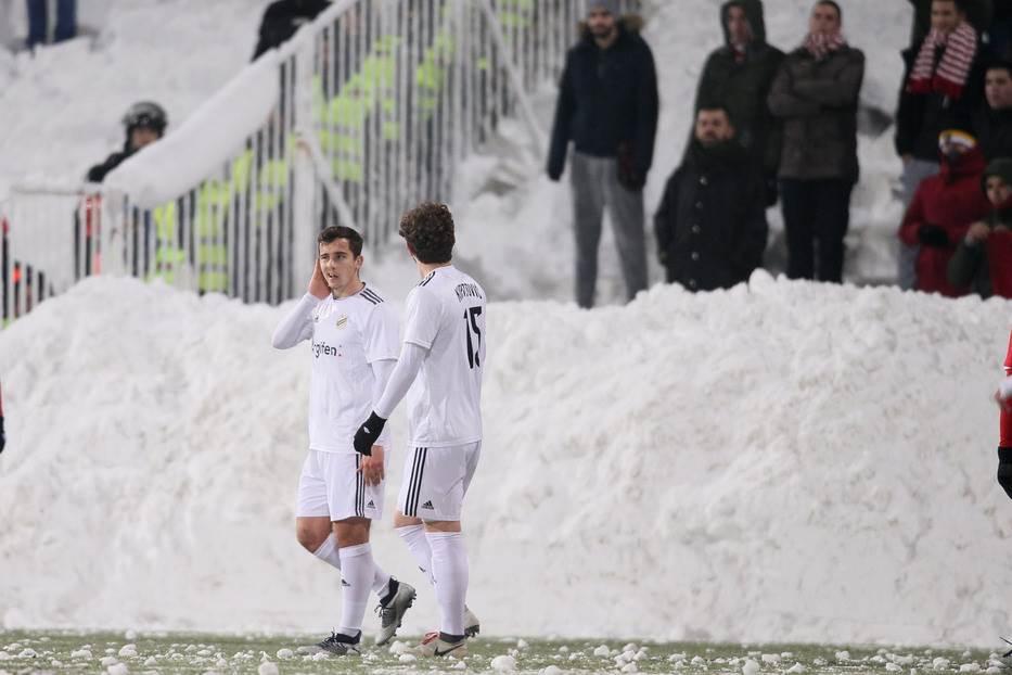 Pobeda po snegu, za miran zimski san Zvezde!