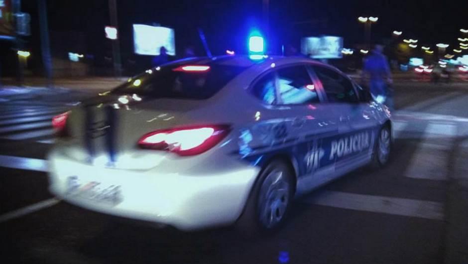 Podgoričani pljačkali taksistu, dovezao ih do policije!