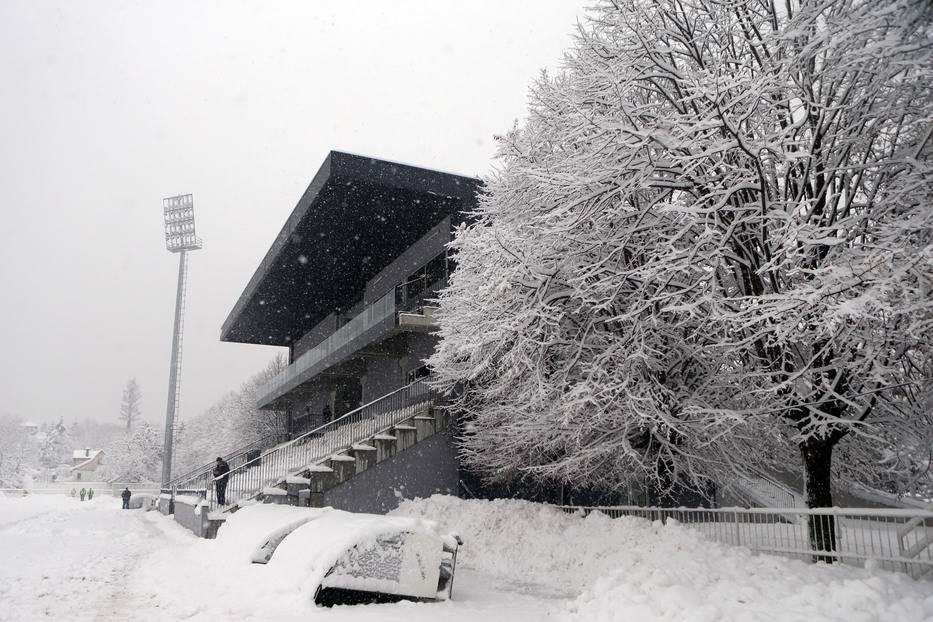 čukarički, sneg, banovo brdo, zavejano, vejavica, mećava