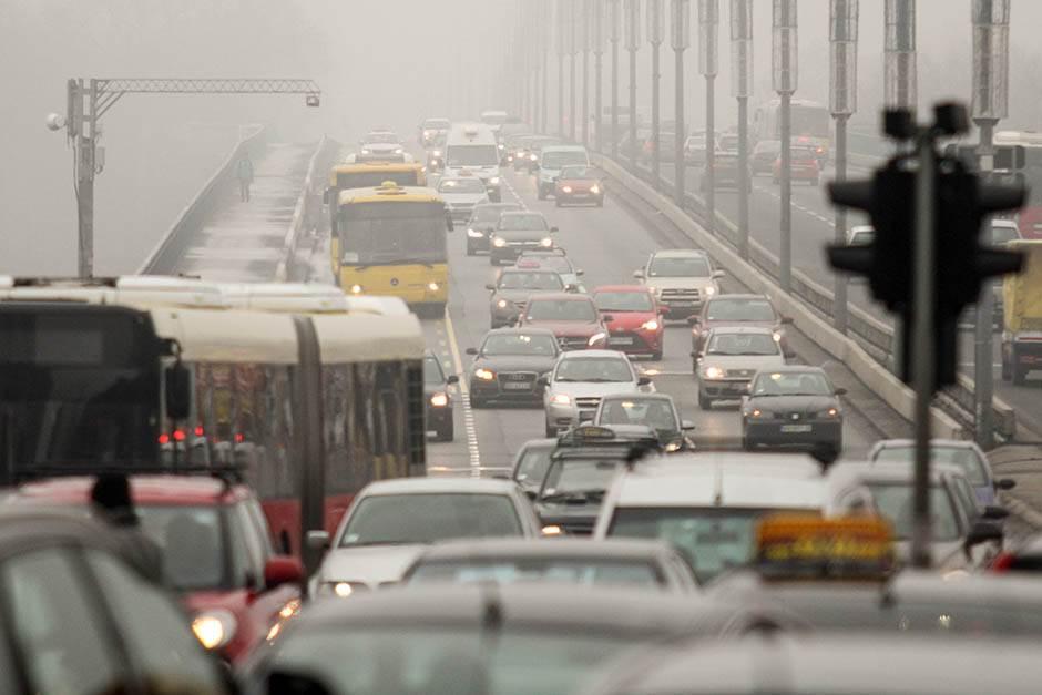 brankov most, saobraćaj, magla, smog, zagađen vazduh