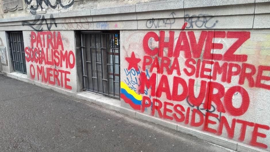 NOVI SAD: Podrška za Madura