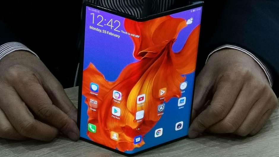 Ekskluziva: Huawei savitljivi telefon iz prve ruke FOTO