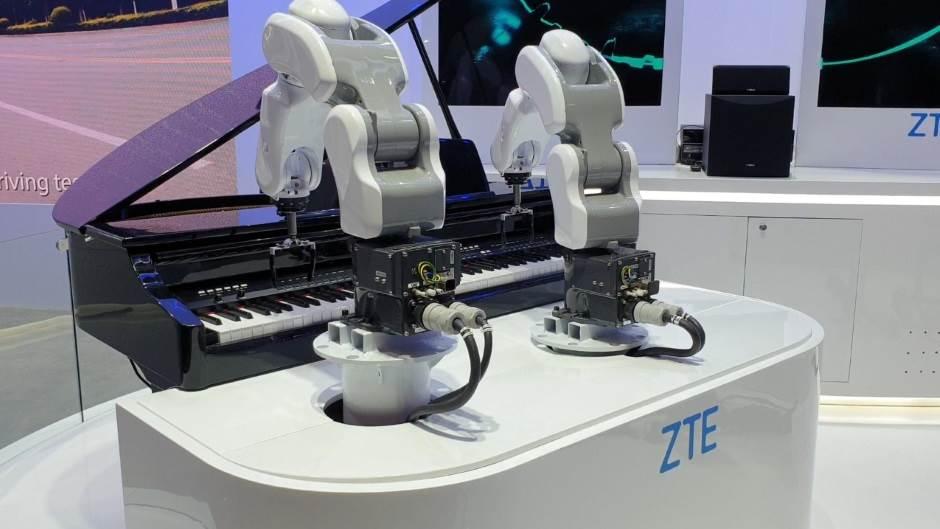 Roboti će od ljudi preuzeti 20 miliona radnih mesta
