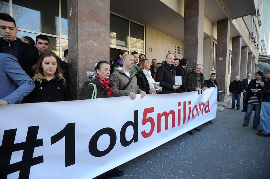 Skupština Beograda, nalepnice, opozicija