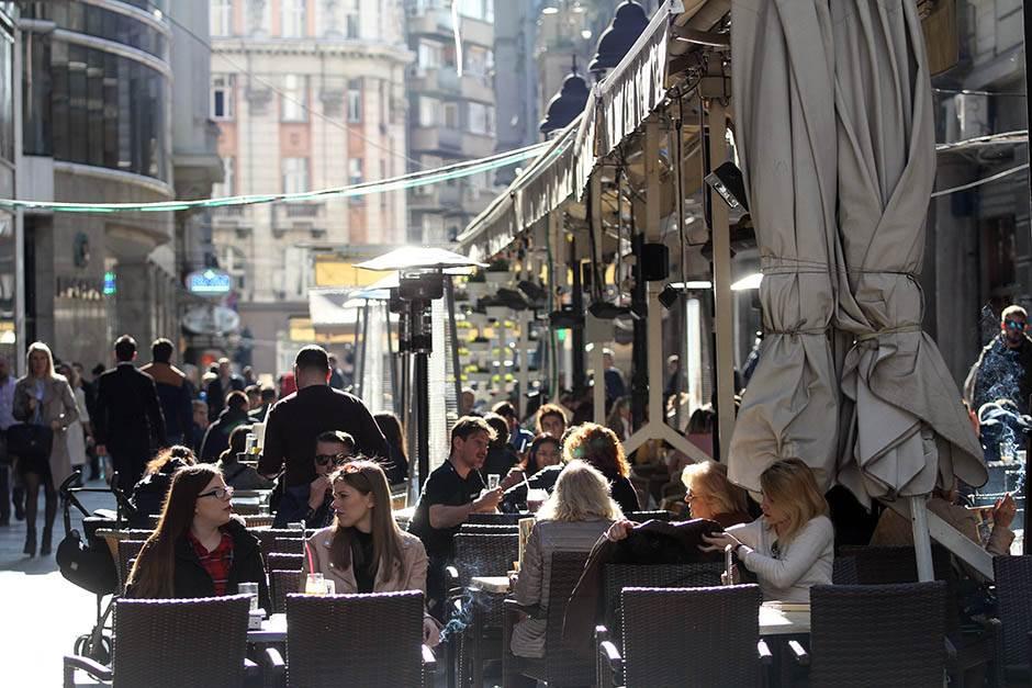 kafić, kafići, bašta, lepo vreme, proleće, vreme, sunce, sunčano